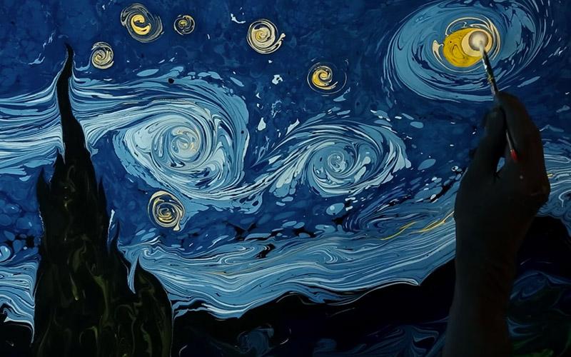 水面に描くゴッホの「星月夜」